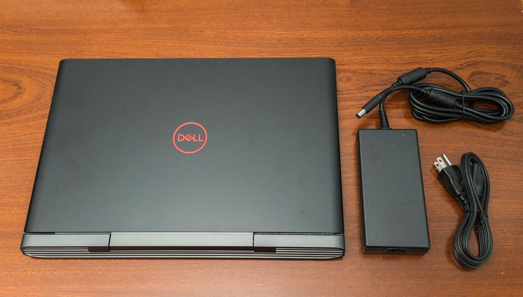 Laptop Cũ dell inspiron 7577 i7